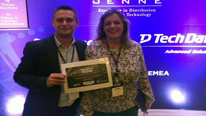 Tech Data España, mejor Strategic Top Distributor para Extreme Networks