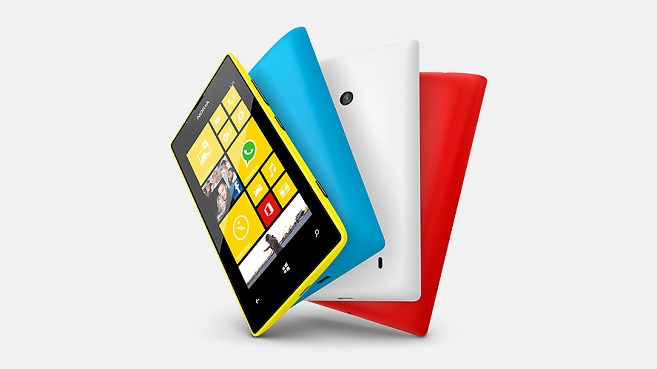 Smartphone Nokia Lumia 520 con Windows Phone
