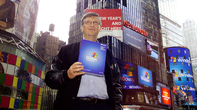 Bill Gates durante la presentación de Windows XP