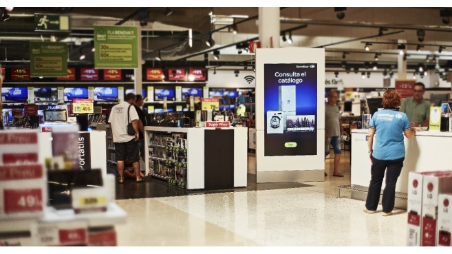 Carrefour Digital Signage